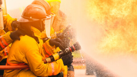 Aerial pumping and hydraulic platform to aid Gold Coast firefighting